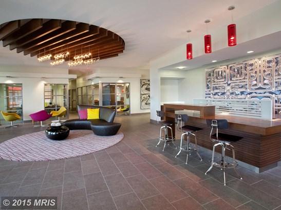 Mid-Rise 5-8 Floors, Contemporary - ALEXANDRIA, VA (photo 3)