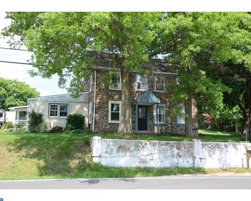 Farm House, Detached - PENNSBURG, PA (photo 1)