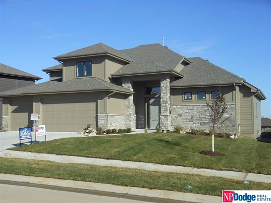 1.5 Story, Detached Housing - Elkhorn, NE (photo 1)