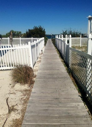 RESIDENTIAL LOTS - NAVARRE BEACH, FL (photo 5)