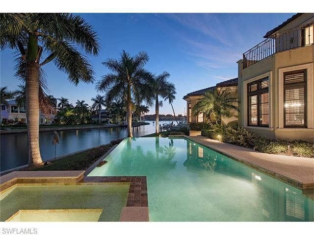 2390 Kingfish Rd, Naples, FL - USA (photo 1)