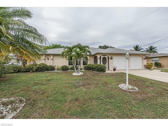 4132 Country Club Blvd, Cape Coral, FL - USA (photo 1)