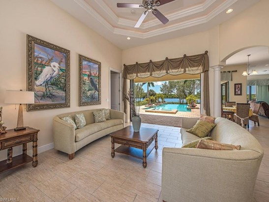 6112 Tarpon Estates Blvd, Cape Coral, FL - USA (photo 5)