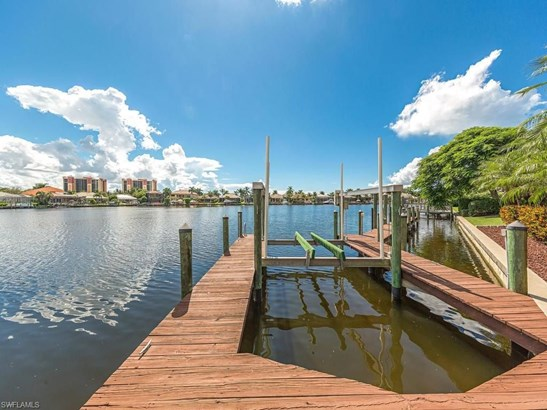 1904 Lagoon Ln, Cape Coral, FL - USA (photo 2)