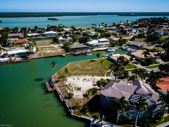 481 Tarpon Ct, Marco Island, FL - USA (photo 2)
