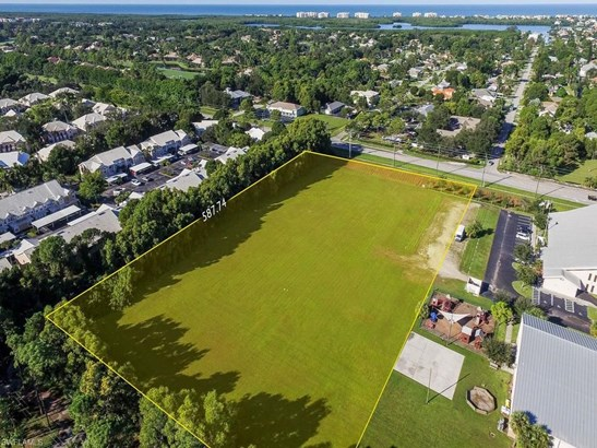 16420 Vanderbilt Dr, Bonita Springs, FL - USA (photo 2)