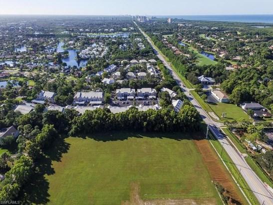 16420 Vanderbilt Dr, Bonita Springs, FL - USA (photo 3)