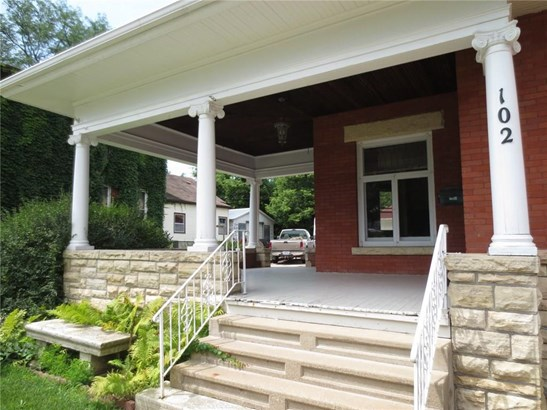 2 Stories, Single Family - Anamosa, IA (photo 2)