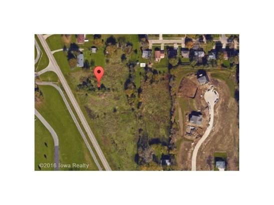 Cross Property - Des Moines, IA (photo 2)