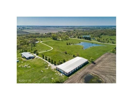 Acreages, Bungalow - Mitchellville, IA (photo 2)