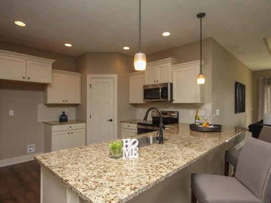 Ranch, Condo-Townhome - Norwalk, IA (photo 4)