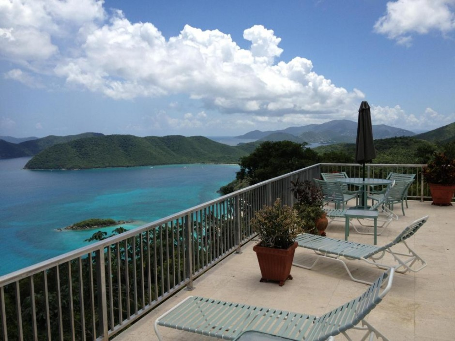 Extraordinary views from pool deck (photo 1)