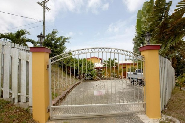 Marine grade metal gate (photo 5)
