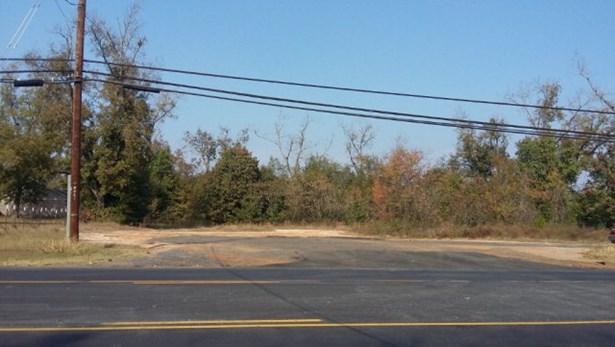 West Sixth Street, Waynesboro, GA - USA (photo 1)