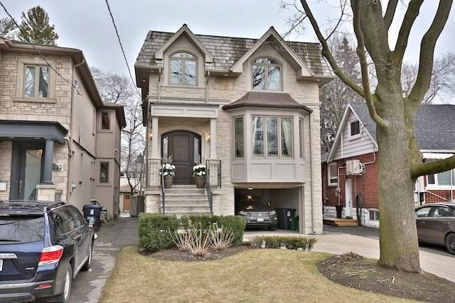 223 Sutherland Dr, Toronto, ON - CAN (photo 1)