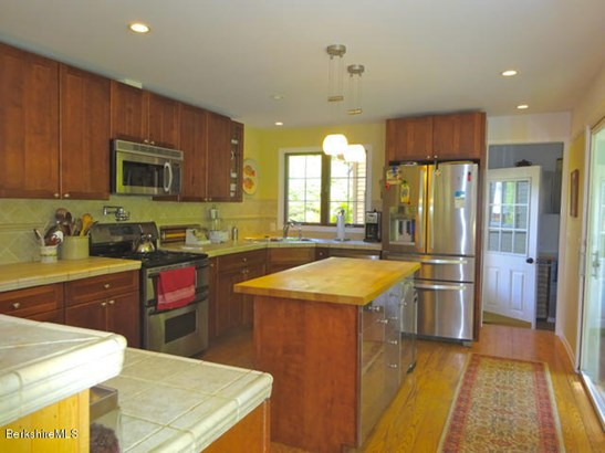 14 Berkshire Heights Rd, Great Barrington, MA - USA (photo 5)