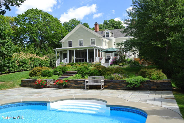 9 Cliffwood St, Lenox, MA - USA (photo 2)
