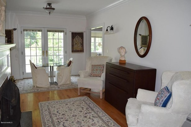 83 Hurlburt Rd, Great Barrington, MA - USA (photo 5)