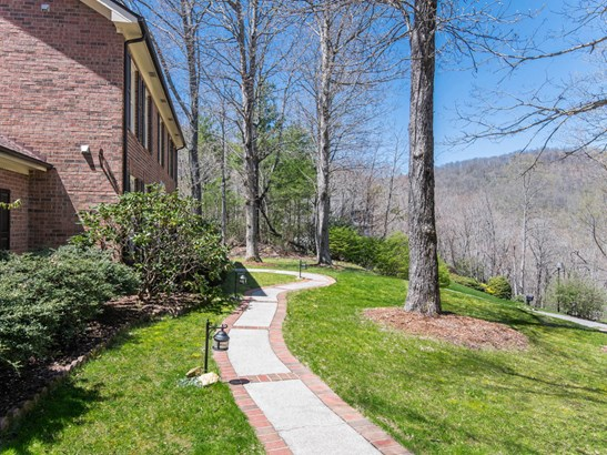 34  Windsong Drive, Fairview, NC - USA (photo 2)