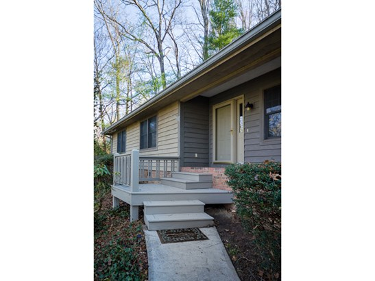 157  Rugby Hollow Drive, Hendersonville, NC - USA (photo 2)
