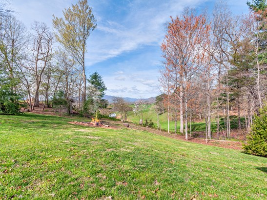 283  Woodlawn Circle, Clyde, NC - USA (photo 3)