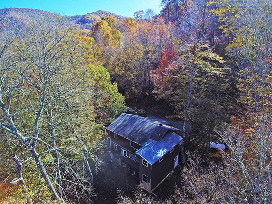 879 Spruce Flats Road, Maggie Valley, NC - USA (photo 1)