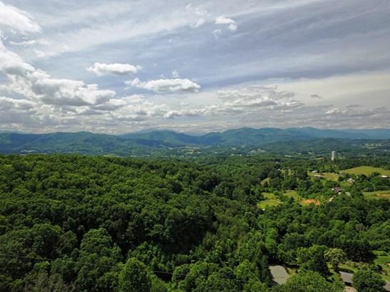 00  Garden Ridge, Clyde, NC - USA (photo 1)