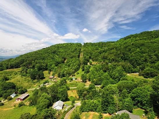 00  Garden Ridge, Clyde, NC - USA (photo 2)
