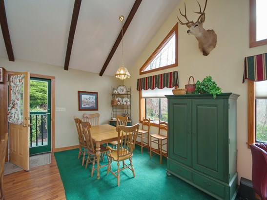 121 Mountain Crest Drive, Maggie Valley, NC - USA (photo 3)