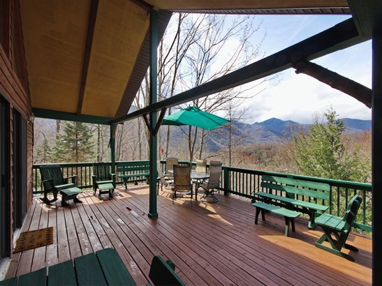 121 Mountain Crest Drive, Maggie Valley, NC - USA (photo 5)