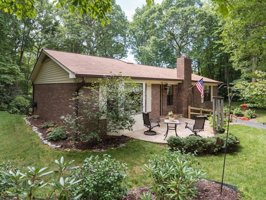 605  Goldview Drive, Hendersonville, NC - USA (photo 2)