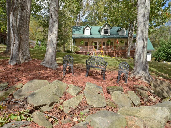 248  Brannon Forest Drive, Waynesville, NC - USA (photo 2)