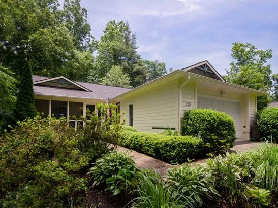 120  Silver Pine Drive, Laurel Park, NC - USA (photo 1)