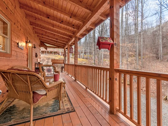 21  Bright Leaf Cove, Maggie Valley, NC - USA (photo 2)