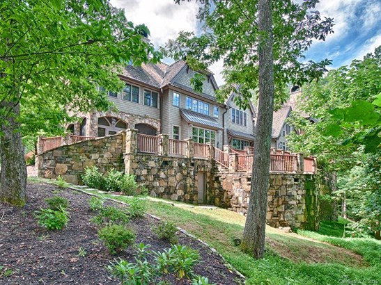 646  Pinnacle Mountain Road, Zirconia, NC - USA (photo 2)