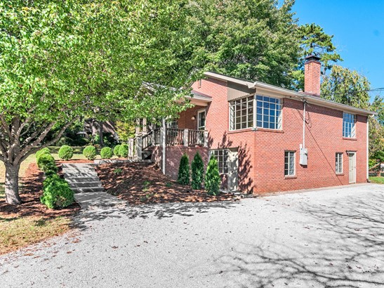 109  Clairmont Drive, Hendersonville, NC - USA (photo 1)