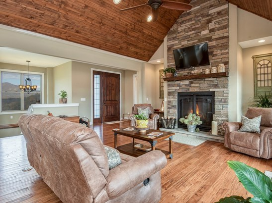 193  Youngs Cove Road, Candler, NC - USA (photo 5)