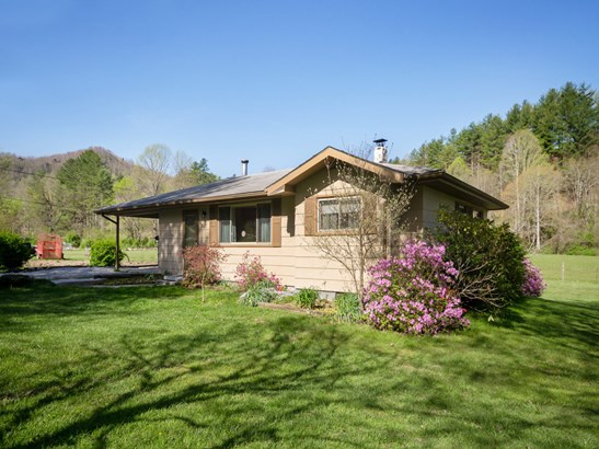 886 Middle Fork Road, Brevard, NC - USA (photo 1)