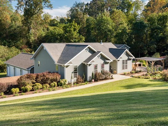 3  Springs Drive, Leicester, NC - USA (photo 1)