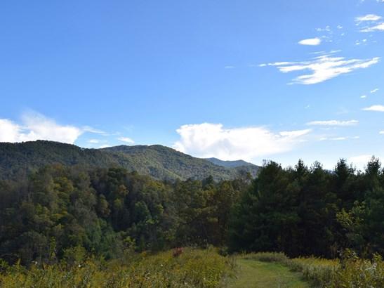 221  Battle Creek Drive, Green Mountain, NC - USA (photo 1)
