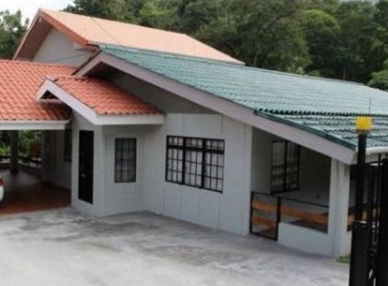 Two Storey House For sale St. Joseph (photo 1)