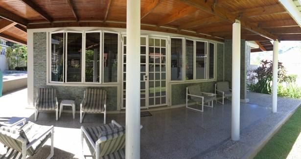 Moka, Maraval House For Sale