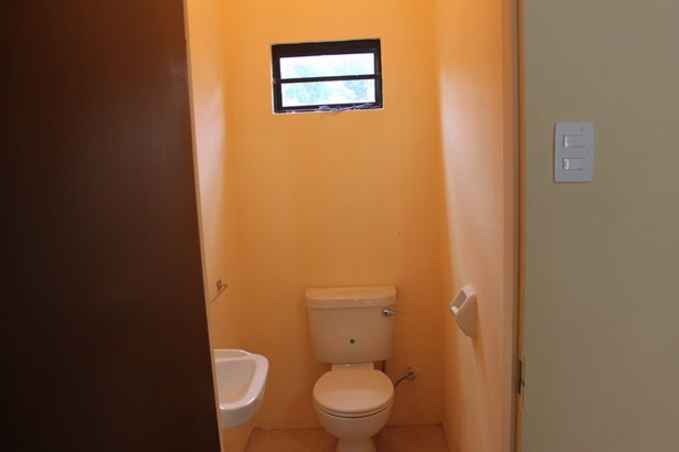 2 Bedroom 2.5 Bathroom Apartment for Rent at Carmody Manors (photo 2)