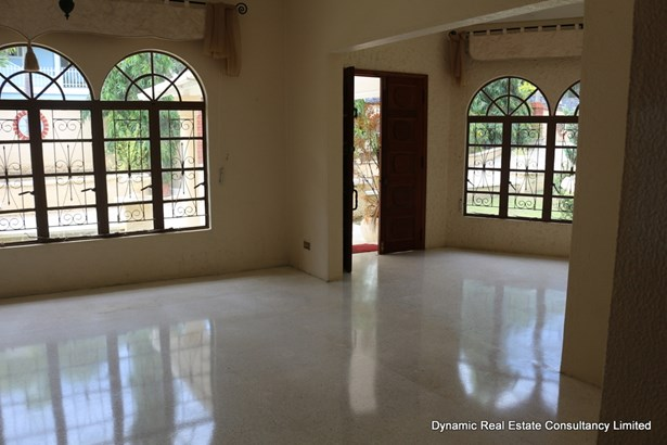 Goodwood Park House for Rent (photo 4)