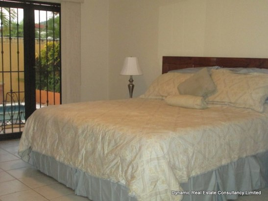 Westmoorings Executive Home for Rent (photo 2)