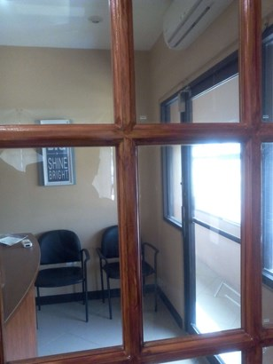 For Rent- CR- Southern Main Rd. Couva (photo 3)
