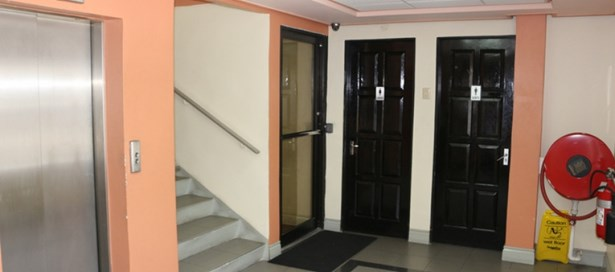 Office Building For Rent Port of Spain (photo 5)