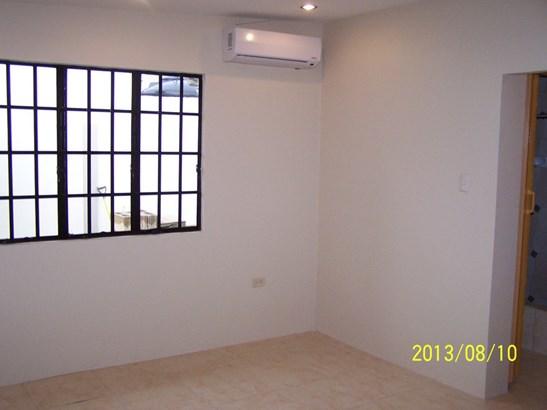 Trincity 3 bedroom Unfurnished Home for Rent (photo 2)