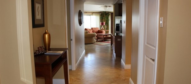One Woodbrook Place 3 Bedroom for Rent (photo 1)