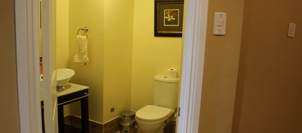 One Woodbrook Place 3 Bedroom for Rent (photo 5)